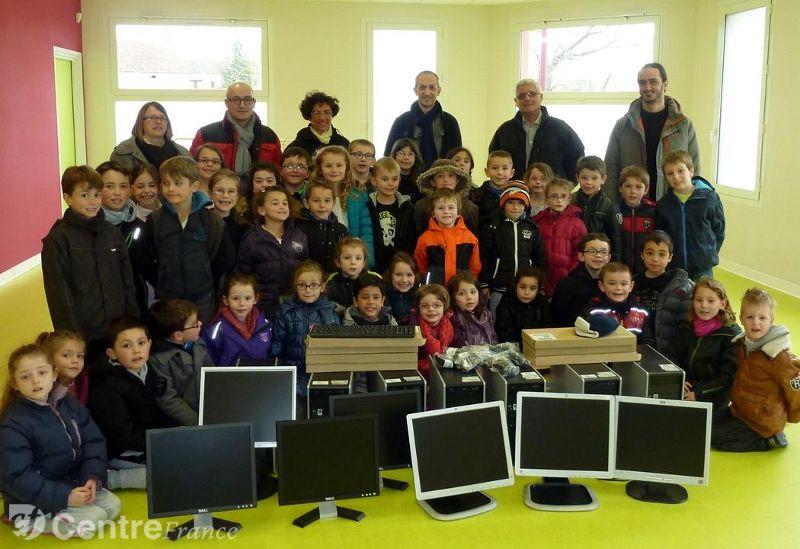 Le parc informatique de l'école de Chamblet complété